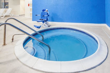 Indoor Spa Tub | Days Inn by Wyndham Miami