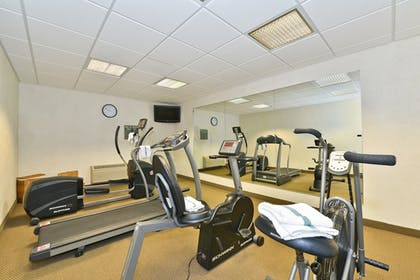 Fitness Facility   Comfort Inn & Suites