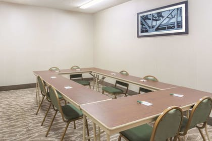 Meeting Facility   La Quinta Inn & Suites by Wyndham Hopkinsville