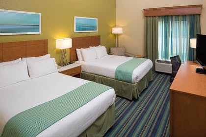 Guestroom | Holiday Inn Express Clermont