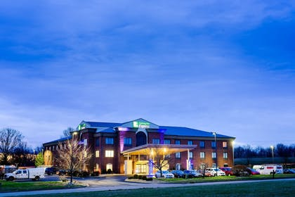 Featured Image | Holiday Inn Express & Suites Shelbyville