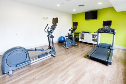 Fitness Facility | Holiday Inn Express & Suites Shelbyville