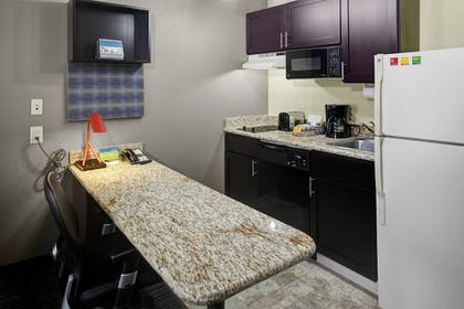 Suite 2 bedrooms at towneplace suites by marriott atlanta - Two bedroom suites in atlanta ga ...