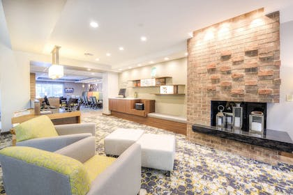 Lobby | Fairfield Inn & Suites by Marriott Winston-Salem Downtown