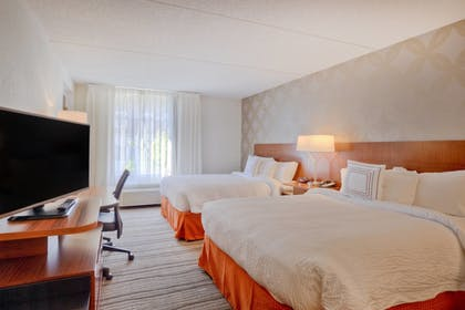 Guestroom | Fairfield Inn & Suites by Marriott Winston-Salem Downtown