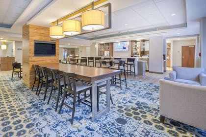 Lobby Lounge | Fairfield Inn & Suites by Marriott Winston-Salem Downtown