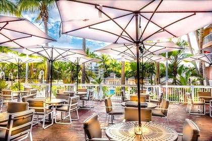 Outdoor Dining | DoubleTree Resort by Hilton Grand Key - Key West