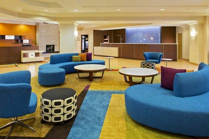 Interior | Fairfield Inn & Suites Lake Buena Vista in Marriott Village