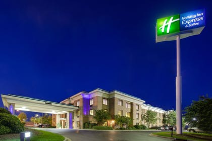 | Holiday Inn Express Hotel & Stes Columbia I-20 at Clemson Rd