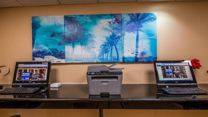 Business Center | Best Western Plus Bradenton Hotel & Suites