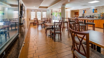 Breakfast Area | Best Western Plus Bradenton Hotel & Suites
