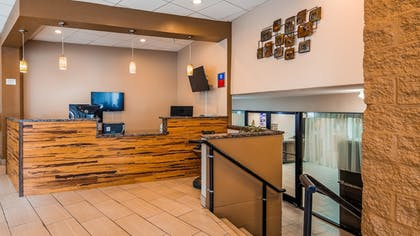 Lobby | SureStay Plus Hotel by Best Western Gatlinburg