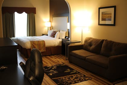 Guestroom | Best Western Plus Des Moines West Inn & Suites