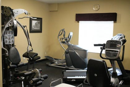 Fitness Facility | Best Western Plus Des Moines West Inn & Suites