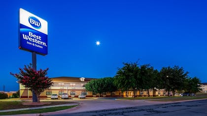 Featured Image | Best Western Inn & Suites
