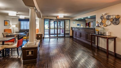 Lobby | Best Western Inn & Suites