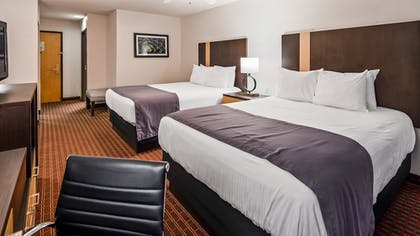 Guestroom | Best Western Inn & Suites