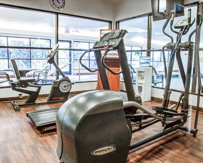 Fitness Facility   Comfort Suites Lombard - Addison