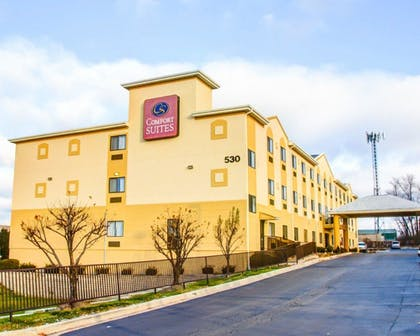 Featured Image   Comfort Suites Lombard - Addison