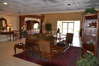 Interior Entrance | FairBridge Inn & Suites Cleburne