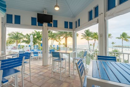 Restaurant | Islander Resort
