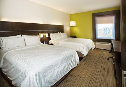Guestroom | Holiday Inn Express & Suites Port Charlotte