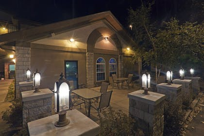 Terrace/Patio | Holiday Inn Express & Suites Mt. Rushmore