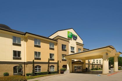 Featured Image   Holiday Inn Express & Suites DFW-Grapevine