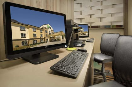 Business Center   Holiday Inn Express & Suites DFW-Grapevine