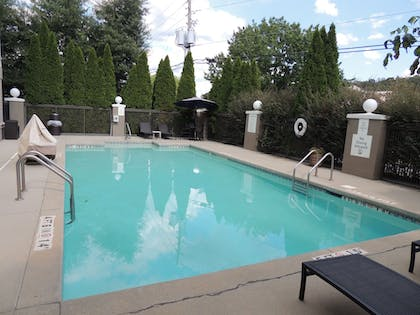 Sports Facility | Holiday Inn Express & Suites Birmingham Trussville