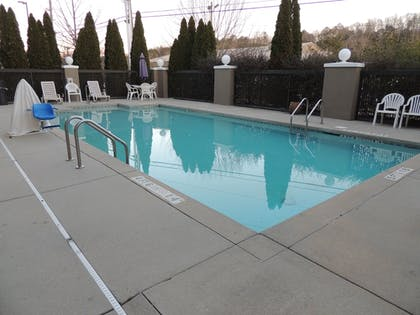 Pool | Holiday Inn Express & Suites Birmingham Trussville