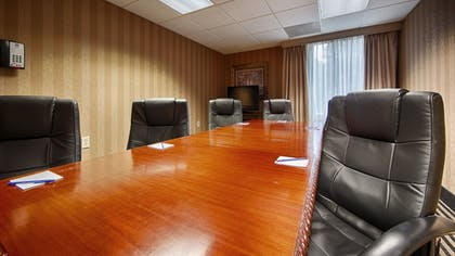 Meeting Facility | Best Western Plus Russellville Hotel & Suites