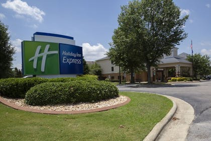 Featured Image   Holiday Inn Express Clayton