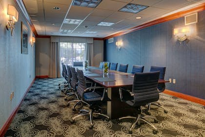 Meeting Facility | Holiday Inn Hotel & Suites-Milwaukee Airport