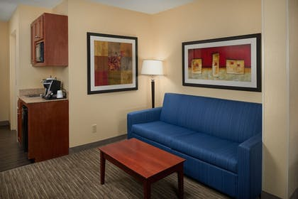 Guestroom | Holiday Inn Express & Suites Oxford