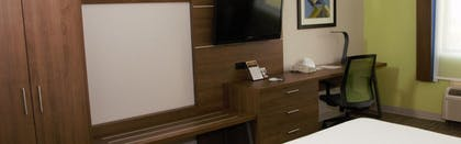 In-Room Business Center | Holiday Inn Express Suites Tyler North