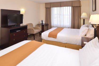 Guestroom | Holiday Inn Express St. Croix Valley
