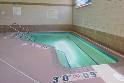 Pool | Holiday Inn Express St. Croix Valley