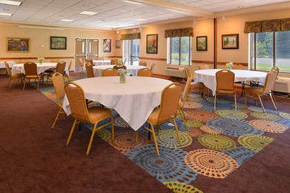 Meeting Facility | Holiday Inn Express St. Croix Valley