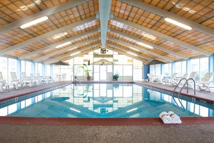 Indoor Pool | Tidewater Inn