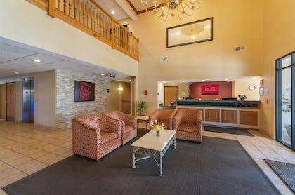Lobby | Red Roof Inn St Louis - Troy, IL