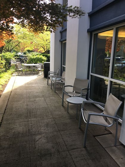 BBQ/Picnic Area | TownePlace Suites by Marriott Seattle South-Renton