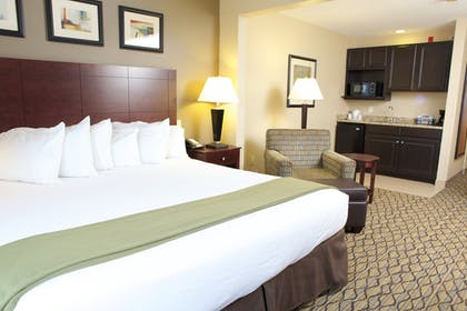Guestroom | Holiday Inn Express Bloomington West