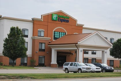 Featured Image | Holiday Inn Express Bloomington West