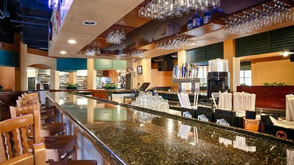 Hotel Bar | Best Western Orlando Gateway Hotel