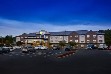 Featured Image | Holiday Inn Express & Suites Birmingham South - Pelham