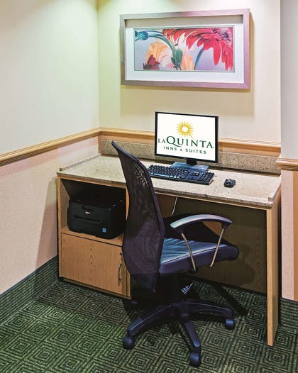 Business Center | La Quinta Inn & Suites by Wyndham Dallas DFW Airport North