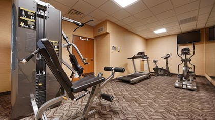 Sports Facility | Best Western Plus Portage Hotel & Suites