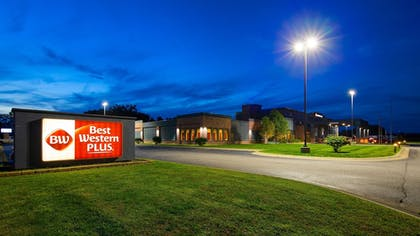 Featured Image | Best Western Plus Portage Hotel & Suites