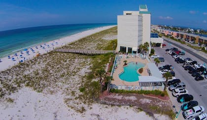 Beach | Holiday Inn Express Pensacola Beach